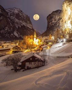 No matter if is night or day, truly a winter wonderland village ☃️ ☃️ Lauterbrunnen, Switzerland. Applis Photo, Winter Scenery, Winter Photos, Winter Night, Winter Snow, Dream Vacations, Places To Travel, Travel Destinations, Beautiful Places