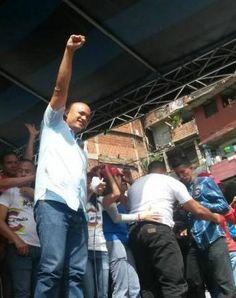 La candidatura de Héctor Rodríguez (35 años) a la gobernación del estratégico estado Miranda está cargada de indiscutible frescura juvenil, bb