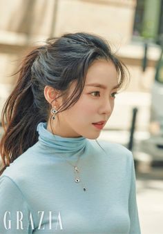 Red Velvet Irene x Grazia Red Velvet アイリーン, Velvet Hair, Red Velvet Irene, Red Velvet Seulgi, Pelo Ulzzang, Asian Music Awards, Korean Girl, Asian Girl, Red Velvet Photoshoot