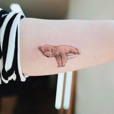 Beauty Lies In Simplicity: Minimalist Animal Tattoos Created At Sol Tattoo Parlor - Tattoo-Ideen - Animals Bff Tattoos, Love Tattoos, Beautiful Tattoos, Body Art Tattoos, Tatoo Dog, Be Brave Tattoo, Tattoo Horse, Small Dog Tattoos, Tiny Tattoo