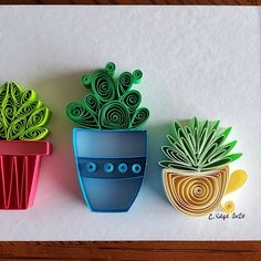 Adorable succulents, made using the art of paper quilling. Due to the handmade nature of the product, small variations may exist in each piece. Neli Quilling, Paper Quilling Flowers, Paper Quilling Tutorial, Quilling Work, Paper Quilling Patterns, Quilled Paper Art, Quilling Paper Craft, Origami Flowers, Paper Crafts Wedding