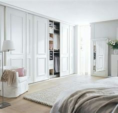 Einbauschränke nach Maß – Einbauschränke Our door program PINATO convinces with its elegant design and makes the built-in wardrobe made to measure so the absolute eye-catcher! Bedroom Built In Wardrobe, Bedroom Built Ins, Bedroom Closet Design, Master Bedroom Closet, Closet Designs, Home Bedroom, Bedroom Decor, Sliding Wardrobe Doors, Office Wardrobe