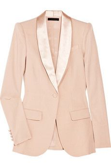 Pink tuxedo jacket No matter how many times I see it. I love the way this looks ? Vetements Shoes, Photo Glamour, Cool Tuxedos, Mode Gossip Girl, Pink Tuxedo, Look Fashion, Womens Fashion, Fashion Clothes, Fashion Models