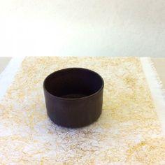 Bol de cerámica cocido en alta temperatura y producido localmente. Pieza exclusiva de Draps.  #draps #ceramica #mallorca #ceramics #handmade #slowdesing #bol #bowl
