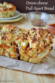 Spicy Treats: Onion Cheese Pull Apart Bread / Cheesy Pull Apart Bread - We Knead to Bake # 1 North Indian Recipes, South Indian Food, Indian Food Recipes, Easy Baking Recipes, Cooking Recipes, Cheesy Pull Apart Bread, Bread Baking, Bread Food, Cheese Bread
