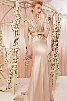 osell wholesale dropship Leather Beading Applique V Neck Sleeveless Court Train A Line Evening Prom Dress $198.32