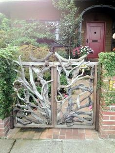 Garden doors Designs for a magical garden design - Garten Fairy Garden Furniture, Fairy Garden Houses, Garden Art, Garden Doors, Garden Gates, Fence Design, Door Design, Design Jardin, Fairy Garden Accessories