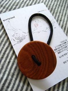 木でできたヘアアクセサリー Wood Work, Washer Necklace, Diy And Crafts, Jewelry Accessories, Woodworking, Hair Styles, Ideas, Fashion, Ivory