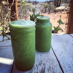 """Brunch! Pear, broccoli, kale, lemon, grapefruit, cucumber. So good!  Juicing today and plowing through the black hole of despair that is my inbox350…"""