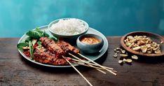 Miedolla marinadilla maustetut broilerivartaat. Tarjoillaan maapähkinäkastikkeen ja riisin kanssa! Santa Maria, Deli, Ramen, Grilling, Pork, Chicken, Ethnic Recipes, Kale Stir Fry, Crickets