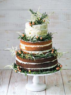 ♥ Hnědo-bílo-zelený nahý svatební dort bez polevy | SvatebníAsistentka.cz ♥