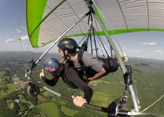 Join us for a tandem flight! You'll experience the serenity of free flight on your first day with a professional hang-gliding pilot.