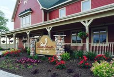 Are you looking for great quality food freshly prepared for you? Look no further than these 5 amazing farm restaurants in Indiana. Vacation Places, Places To Travel, Vacations, Vacation Ideas, Fair Oaks Farm, Westfield Indiana, Nashville Indiana, Farm Restaurant, Farmhouse Restaurant