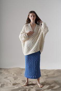 Vika Gazinskaya Frühjahr/Sommer 2020 Ready-to-Wear - Kollektion Knitwear Fashion, Crochet Fashion, Ellen Von Unwerth, Richard Avedon, Mode Inspiration, Minimal Fashion, Knitting Designs, Fashion 2020, Fashion Fashion