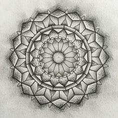 Fresh WTFDotworkTattoo Find Fresh from the Web Much mandala many lines #dotwork #neotraditional #illustration #mandala #tattoo #linework harris_kayleigh WTFDotWorkTattoo