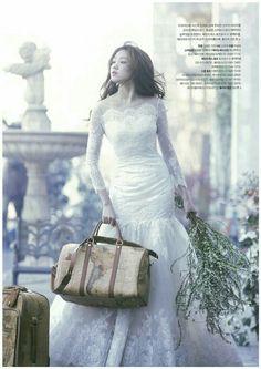"koreanmodel: ""Lee Seongkyeong for My Wedding Korea Apr 2014 "" Korean Actresses, Korean Actors, Lee Sung Kyung, Korean Model, I Love Fashion, Woman Fashion, Celebs, Celebrities, Editorial Fashion"