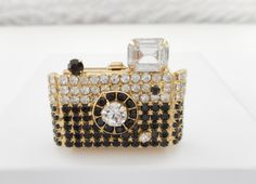 SOLD - Beautiful Small Vintage Gold Tone Black & Clear Crystal Camera Brooch/Pin