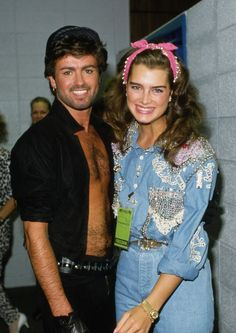 80s-90s-supermodels:  George Michael and Brooke Shields, 1985. Can't be more gay than this.