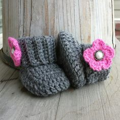 Crochet baby girl boots in grey with pink by MalindasDesigns, $16.00