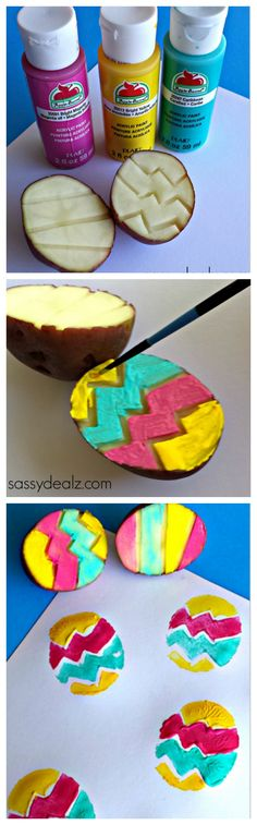 Utilisez une pomme de terre comme pochoir de Pâques! (en anglais) Colorful Zig zag potato easter egg stamping craft! #Easter craft for kids #DIY | CraftyMorning.com