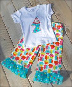 cupcake and polka dot RUFFLE PANT BIRTHDAY set- ruffle pant set with matching birthday hat applique top- now also in long sleeves!! #birthday #polkadot #cupcake