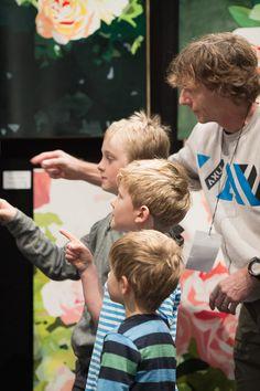 SAW artist Bruce Mortimer tells the kids how it's done Nz Art, Album, Couple Photos, Couples, Artist, Kids, Couple Pics, Children, Artists