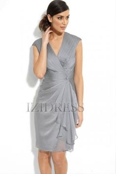 Faux Wrap of the Bride Dress. - 15 Sexy Mother of the Bride Dresses . Mob Dresses, Nice Dresses, Casual Dresses, Party Dresses, Reception Dresses, Vestidos Mob, Do It Yourself Fashion, Frack, Little White Dresses