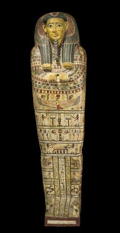 This is the coffin of Irthorru of ancient Egypt. This coffin reflects an idealiz… Ancient Egypt Fashion, Ancient Egypt Crafts, Ancient Egypt Pyramids, Ancient Egypt Pharaohs, Ancient Egyptian Artifacts, Ancient History, Ancient Egypt Pictures, Ancient Mexican Civilizations, Egypt Design