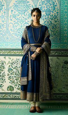 Sabyasachi Indian Suits, Indian Attire, Indian Dresses, Pakistani Dresses, Indian Look, Indian Ethnic Wear, Churidar, Salwar Kameez, Sabyasachi Suits