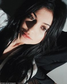 Kylie Jenner sports natural make-up in rare understated selfie