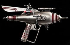 Fantasy Firepower - Dr. Grordbort's Realistic Ray Guns Cross Space Age With Steampunk (GALLERY)
