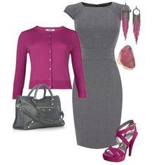 Vestido de color plano con un sueter que le de vida. Prueba gris con rosa, turquesa o rojo o azul marino con beige.