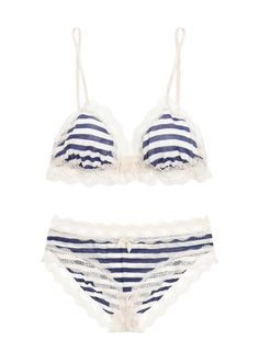 Striped bra and undies with bows and lace.
