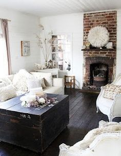 Simple and beautiful living room