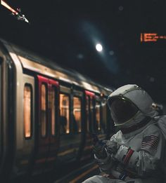 Qhd Wallpaper, Trippy Wallpaper, Wallpaper Space, Scenery Wallpaper, Paint Photography, Creative Photography, Nasa, Astronaut Wallpaper, See You Space Cowboy