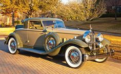 1932 Packard Rumble Seat Coupe- (Packard Motor Car Company Detroit, Michigan 1899-1958)