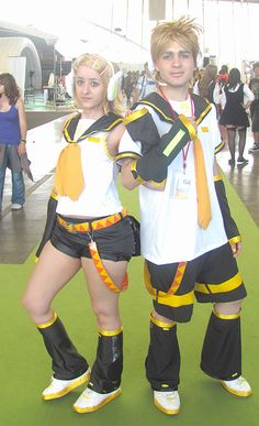 Character: Rin Kagamine From: Vocaloid2 Cosplayer: Rydia
