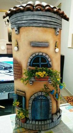 Tejas Tile Crafts, Wooden Crafts, Clay Wall Art, Clay Art, Clay Fairy House, Fairy Houses, Rice Paper Decoupage, Clay Fairies, Decorated Jars