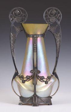 elyssediamond:  Art Nouveau Loetz iridescent Vase