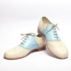 Hey, I found this really awesome Etsy listing at https://www.etsy.com/listing/154578856/baby-blue-and-beige-1950s-vintage