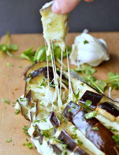 cheesy pull-apart garlic bread