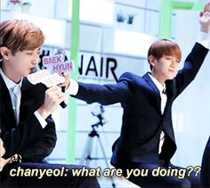 I thought he was trying to be the tree from the Wolf choreo. Cute baekkie. <3