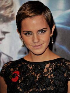 i loveee emma watson!Emma Watson's Glam Pixie #promhair