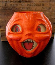 Choir boy paper mache jack-o-lantern. I REALLY WANT ONE!