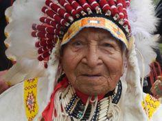 David Bald Eagle, Lakota Chief, Musician, Cowboy And Actor, Dies At 97 Native American History, Native American Indians, Native Indian, Battle Of Little Bighorn, Film Dance, Dances With Wolves, Horse Ranch, Bald Eagle, David