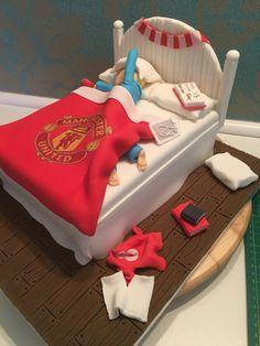 Teenagers bed cake Teen Cakes, Cakes For Boys, Fondant Man, Matilda Cake, Disco Cake, Bed Cake, 18th Cake, Birthday Cakes For Men, Ideas Hogar