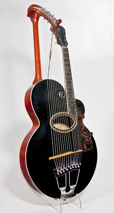 NMM 1147.  Harp-guitar by Gibson Mandolin-Guitar Company, Kalamazoo, 1915