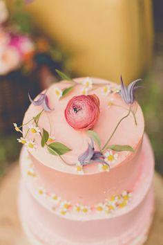 FESTIVAL BRIDES | Floral Fondant Fancies | Flower Focused Wedding Cakes