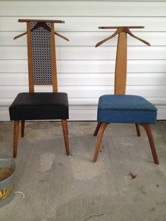 2 vintage valet chairs in amazing condition. $25 each or both for $40