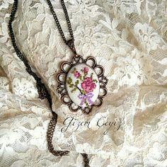 kanaviçe,etamin kolye,necklace
